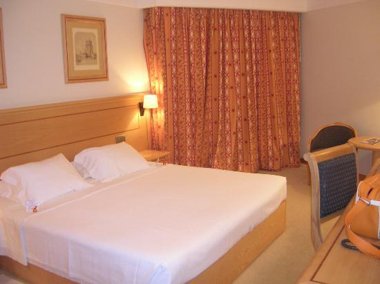 Hotel Real Palacio : la nostra camera