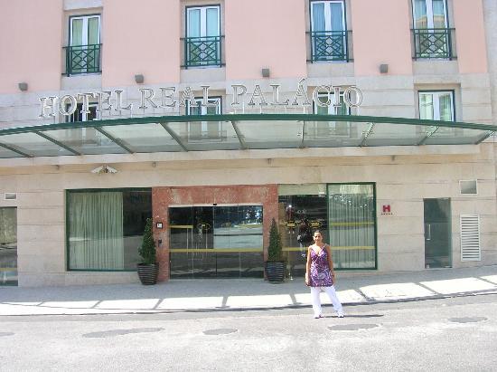 Hotel Real Palacio : real palacio esterno