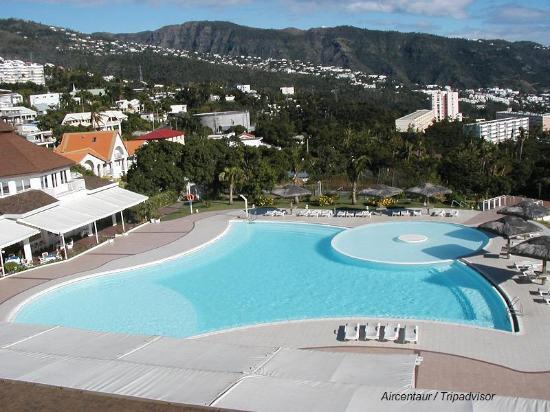 view of pool from room balcony photo de mercure creolia saint denis la reunion saint denis. Black Bedroom Furniture Sets. Home Design Ideas