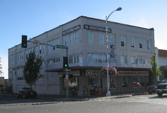 Port Angeles Downtown Hotel: Exterior