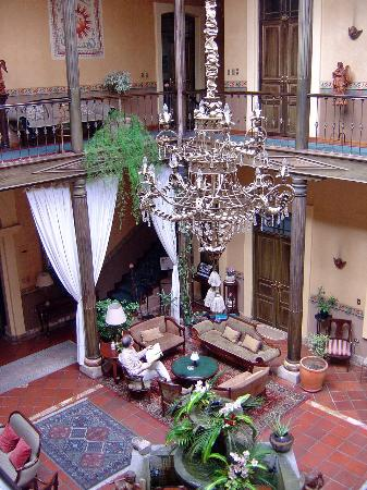 Mansion Alcazar Boutique Hotel: view of lobby