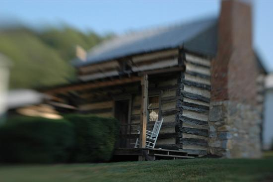 Aunt Beck's Cabin, one of the restored log cabins at Arcadia Manor