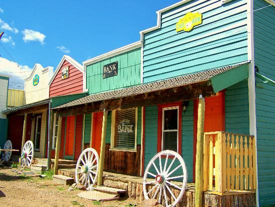 Westward Ho Motel: Western Suites