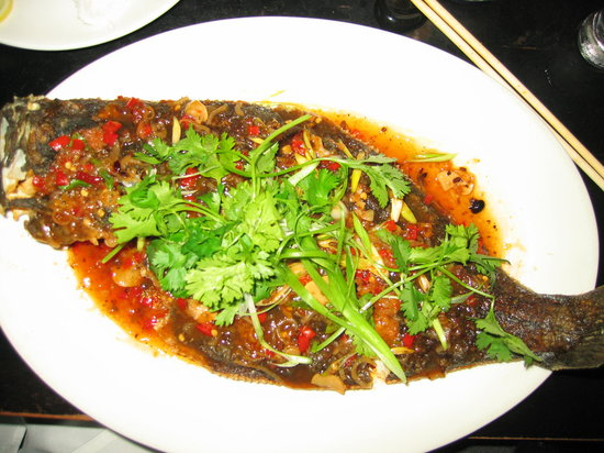 Lantern Restaurant : Whole thai-style flounder (I think I prefer snapper)