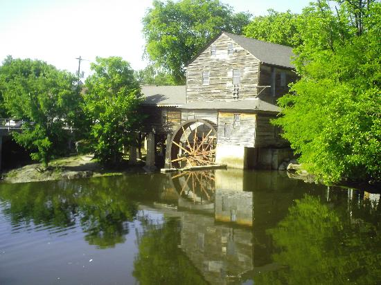 Riverside Towers: The Old Mill