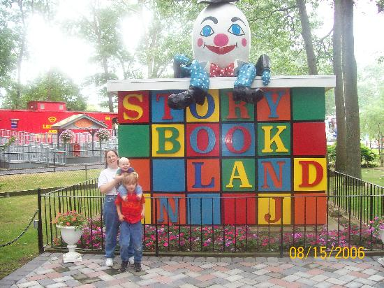 Storybook Land: Humpty Dumpty