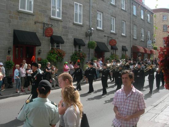 Hotel Le Clos Saint-Louis: Parade by Hotel Front Door