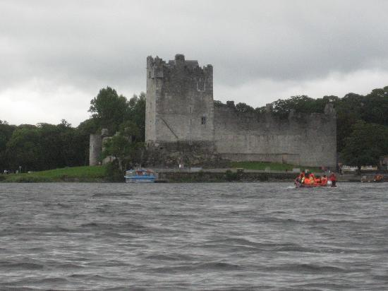 The Dunloe Hotel and Gardens : View of Ross Castle from Gap of Dunloe Canoe Tour