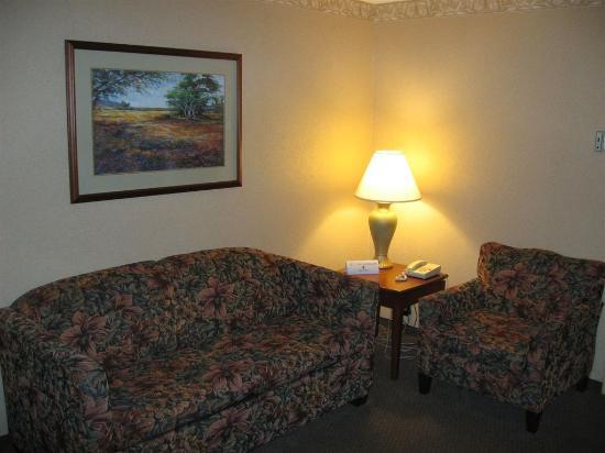 Capitol Plaza Hotel & Convention Center Jefferson City: Jr Suite