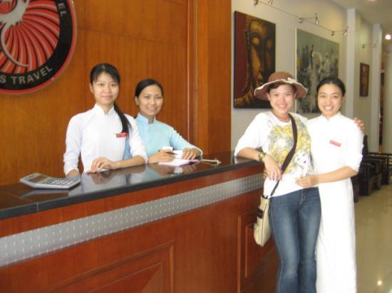Rising Dragon Hotel : Helpful & Friendly Staff