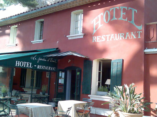Jardin d 39 emile prices hotel reviews cassis france for Cassis france hotels