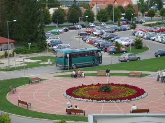 Sarvar, Hungría: Blick vom Balkon