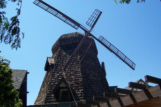 Sideways Inn: Famous Windmill
