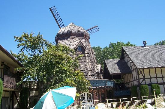 Sideways Inn: Another view of windmill