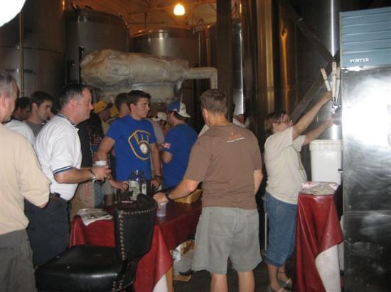 Milwaukee, WI: Serving Beer