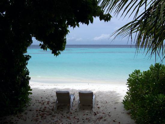 Komandoo Maldives Island Resort: View from our bungalow verrandah