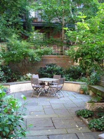 A Garden In Chelsea: Refuge from the city's hustle and bustle
