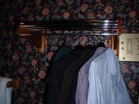 Hotel 17: coat rack