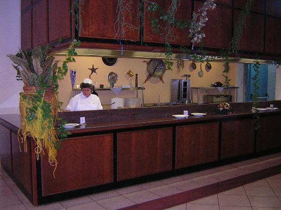 Kipriotis Hippocrates Hotel: resto coté grillade