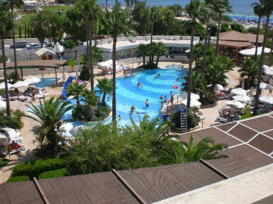 Dome Beach Hotel & Resort: Childrens pool