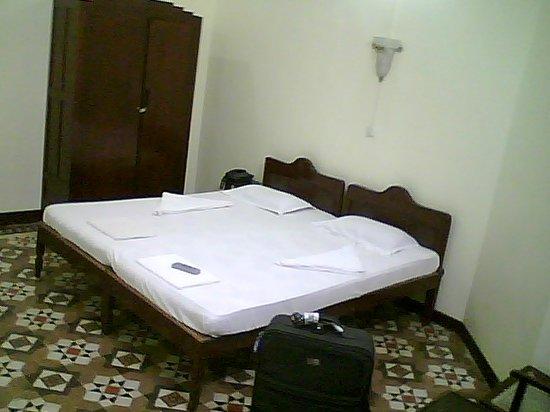 Bentley's Hotel