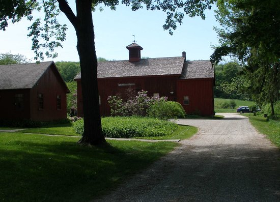 Pittsfield, MA: Barn where Melville & Nathaniel Hawthorne often met to discuss their literary works