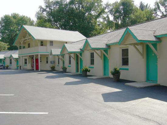 Milford, PA: Front of Motel