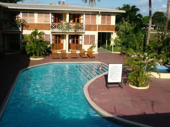 BEST WESTERN Hexagon International Hotel, Villas & Spa : Pool side