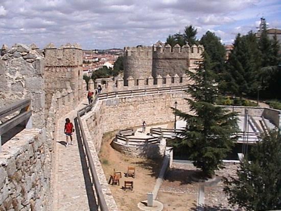 Parador de Ávila: Avila City Wall