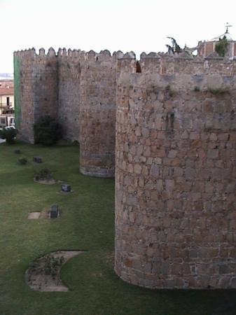 Parador de Ávila: City Wall again