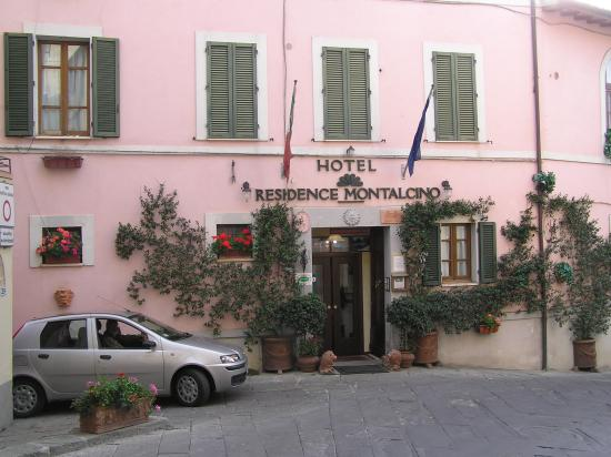 Hotel Residence Montalcino: Hotel Residence - front view