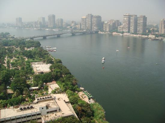 Grand Nile Tower: La pollution du Caire