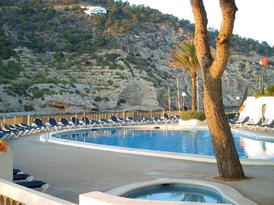 Palladium Hotel Cala Llonga: Hotel Pool