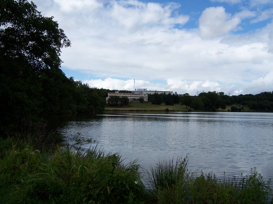 Limoges, Frankreich: view from other side  of lake