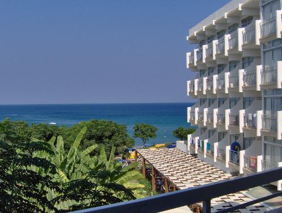 Pernera Beach Hotel : View from balcony