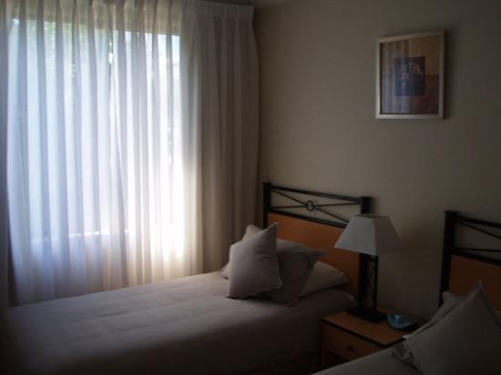 Wollongong Serviced Apartments: Second Bedroom