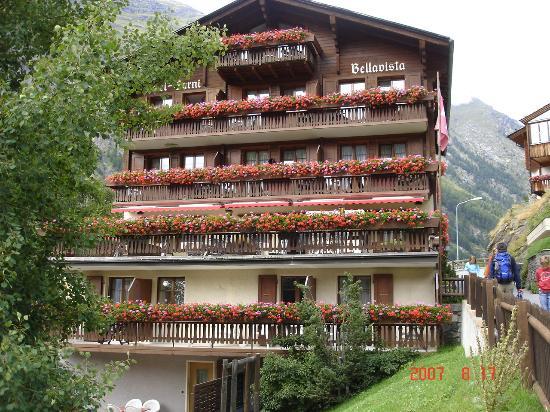 Hotel Bella Vista: outside view