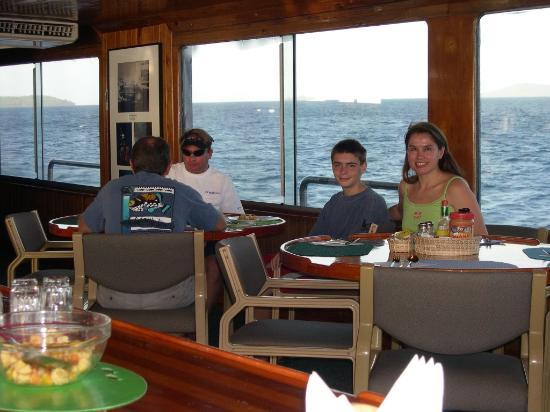 Truk Lagoon: Odyssea dining room