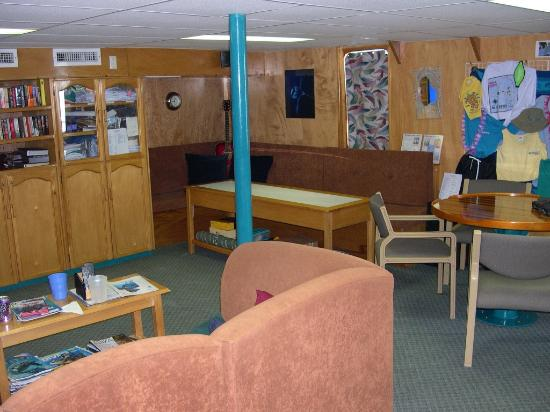Truk Lagoon: Odyssea lounge