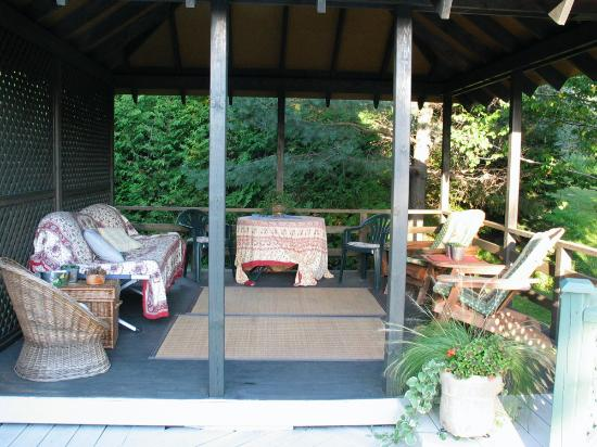 Au Jardin d'Ozanne : Deck
