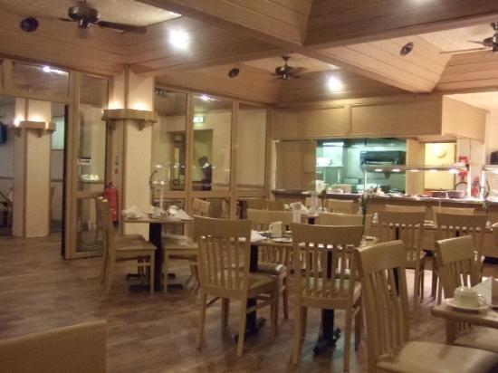 BEST WESTERN Hotel Rembrandt: The refurbished restaurant