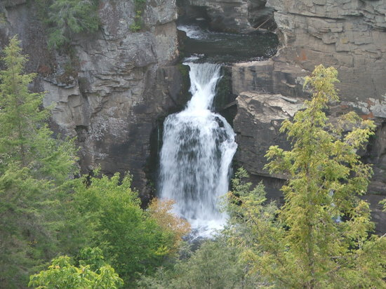 Linville Falls - Lower Falls