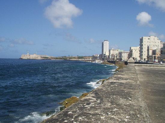 El Malecon (Havana)  LUGAR FAVORITO DE GRETELL BARREIRO
