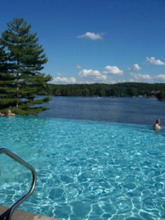 Wilderness on the Lake: Infinity Pool, what a view!