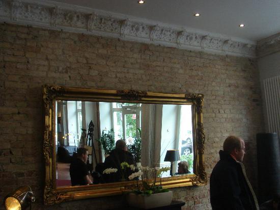 Garden Boutique Hotel: Lobby