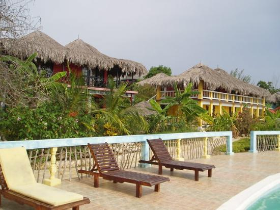 Negril Escape Resort & Spa: Bldngs from Pool