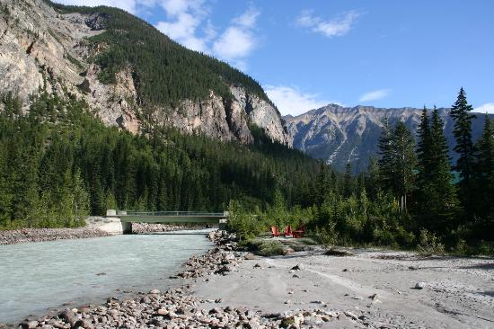 Cathedral Mountain Lodge: View from the river at lodge