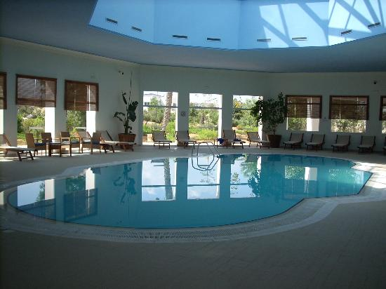 Piscine couverte photo de saphir palace spa hammamet tripadvisor for Piscine couverte