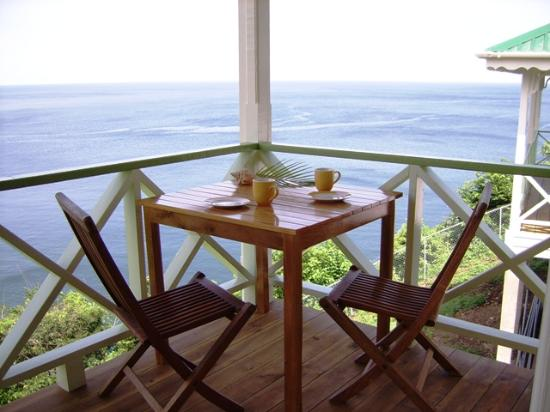 Mango Bay Cottages: the veranda