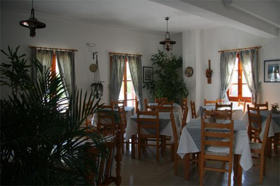 Zorzis Hotel: Breakfast room